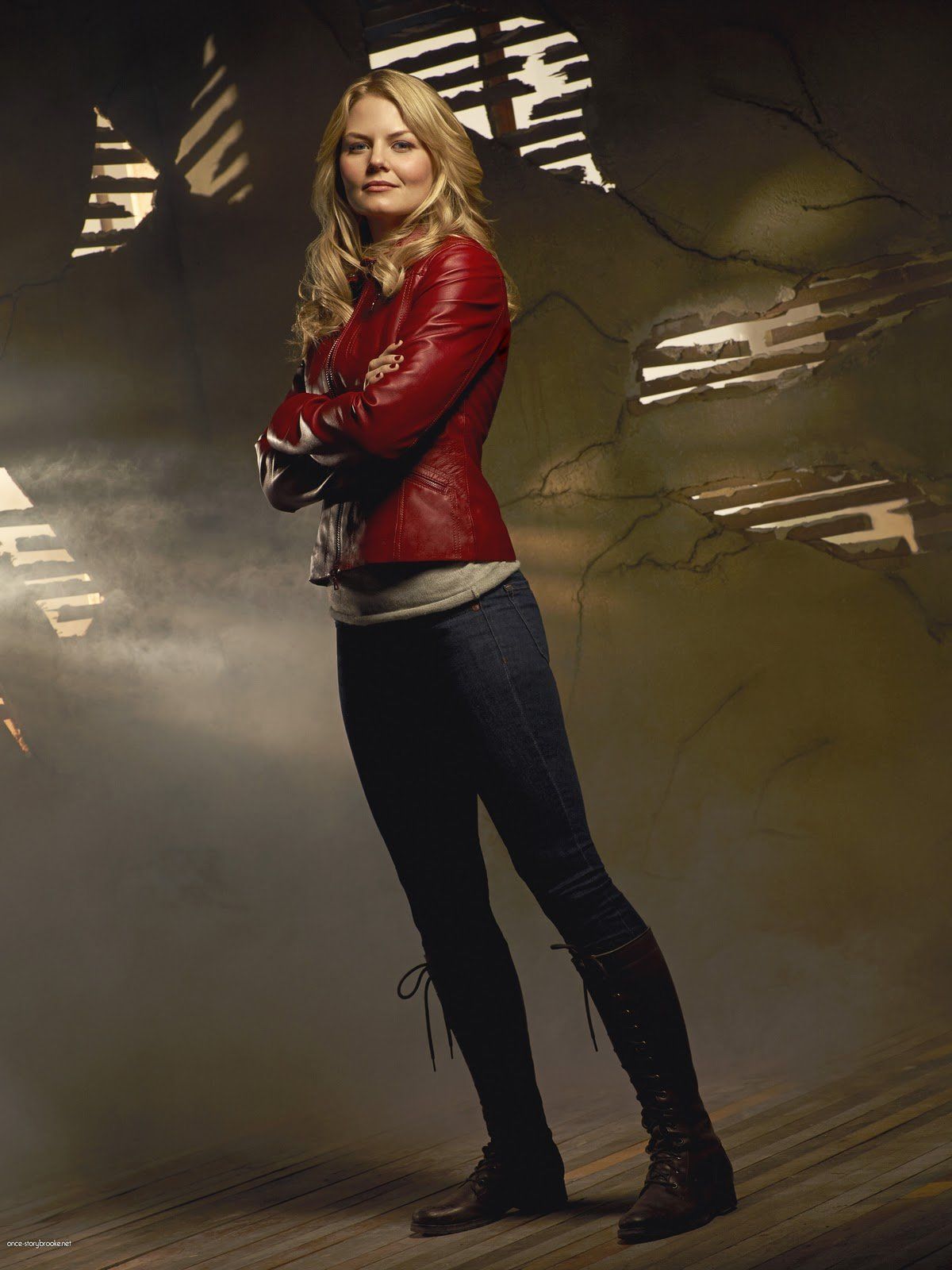 We Know You've Been Crushing On Emma Swan's Wardrobe in Once Upon a Time